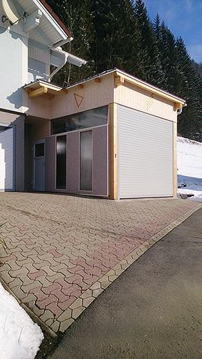 elektrische rolltore fr garagen preise cheap ein garagentor wird in der regel sowohl als schutz. Black Bedroom Furniture Sets. Home Design Ideas